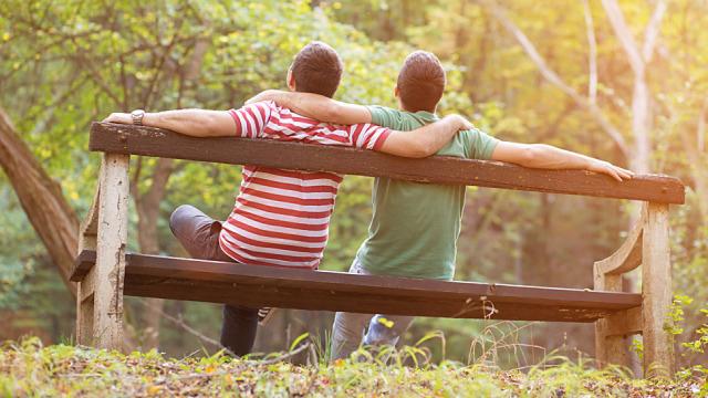 50 tysięcy par homoseksualnych w Polsce wychowuje dzieci